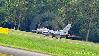 RSAF F-16C/D Fighting Falcon scrambling Editorial Stock Image