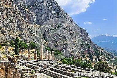 Ruïnes van de tempel van Apollo in Delphi, Griekenland