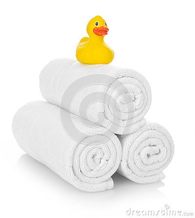 Free Rubber Duck On White Towels Royalty Free Stock Images - 72795389