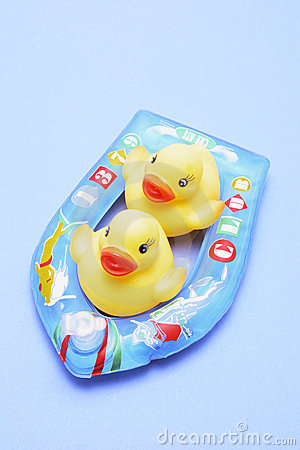 Free Rubber Ducks On Inflatable Boat Royalty Free Stock Photo - 8937625