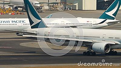 Ruch w międzynarodowym porcie lotniczym Hongkongu zbiory wideo