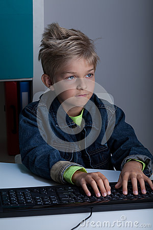 Free Rude Boy Surfing On The Internet Royalty Free Stock Photo - 48365955