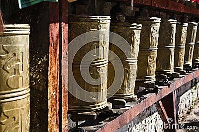 Ruedas de rezo tibetanas