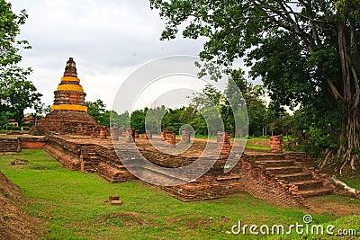 Ruin giant pagoda