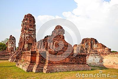 Ruin pagodas