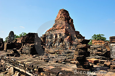 Ruin temple in Sukhothai