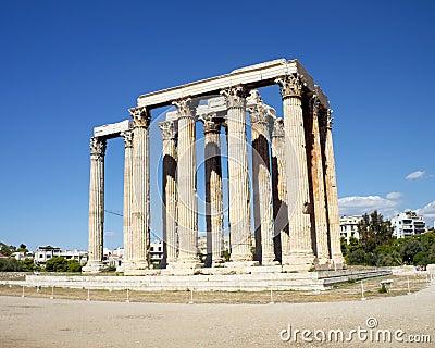 Ruinas del templo olímpico del Zeus, Grecia