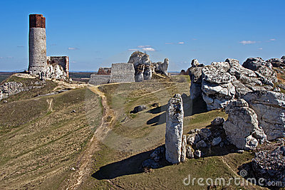 Ruined medieval castle with tower in Olsztyn