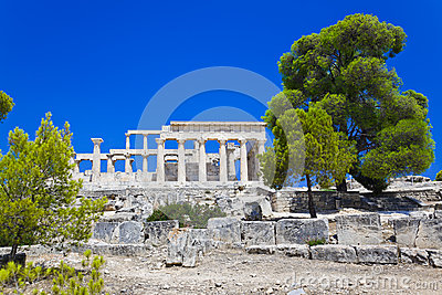 Ruinen des Tempels auf Insel Aegina, Griechenland