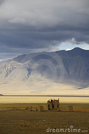 Free Ruins Along The Friendship Highway, Tibet Royalty Free Stock Photo - 15690955