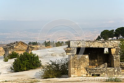 Ruins, vault in Pamukkale
