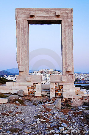 Ruínas antigas do grego do beira-mar
