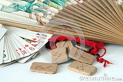 Runas y tarjetas