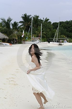 Running Bride & White Beach