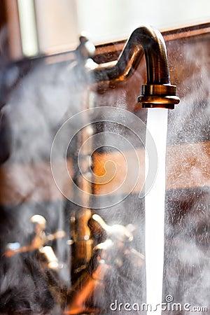 Running vintage faucet