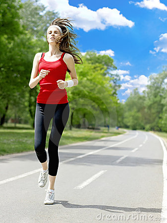 Free Running Woman Royalty Free Stock Images - 9245169