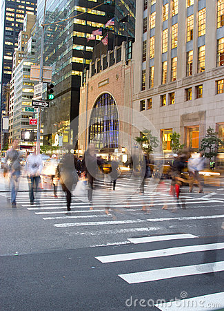 Rush hour at Fifth Avenue, NY