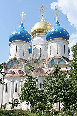 A Russian ortodox church at the Trinity-Sergius Lavra (build in
