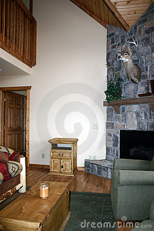 Free Rustic Cabin Royalty Free Stock Photography - 87927