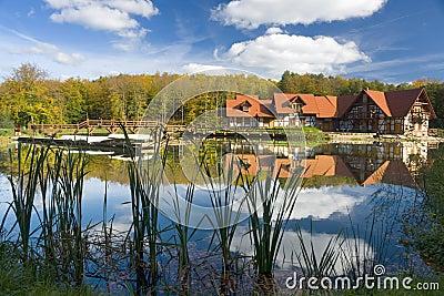 Rustic home on lake