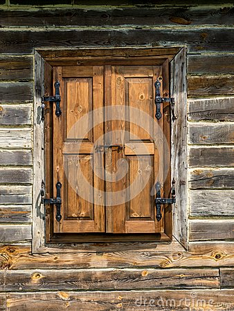 Free Rustic Window Shutters Royalty Free Stock Image - 43462646