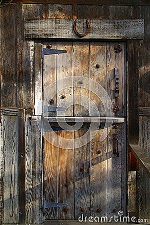 Free Rustic Wooden Barn Door Royalty Free Stock Photo - 1970645