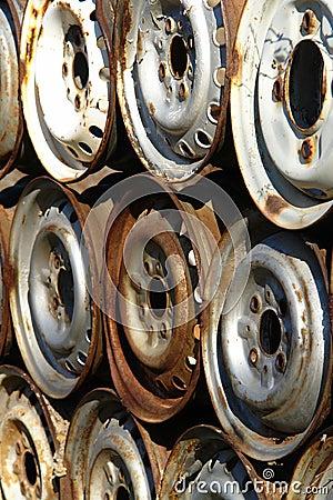 Free Rusty Car Rims Royalty Free Stock Image - 4608806