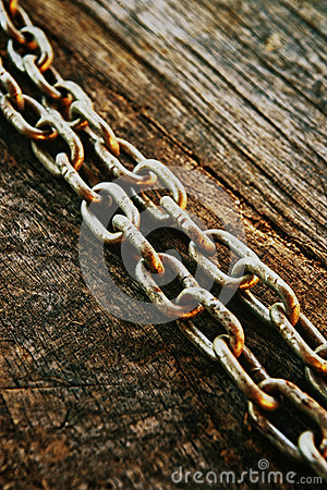 Free Rusty Chain Royalty Free Stock Photos - 32911738