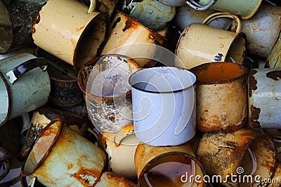 Rusty cups