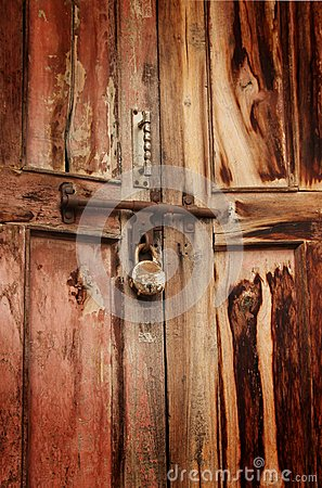 Free Rusty Padlock On Door Royalty Free Stock Photo - 27725285