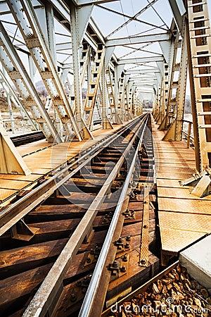 Free Rusty Railroad Bridge Royalty Free Stock Photography - 38496797