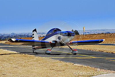 RV-8 Stunt Plane Taxiing for Takeoff