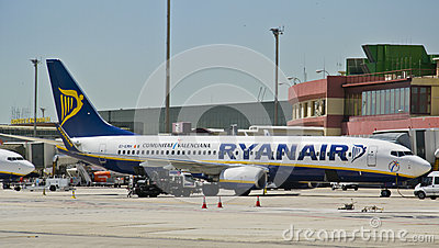 Ryanair, Boeing 737-800 parked Editorial Photography