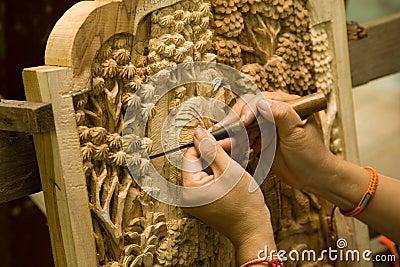Rzeźby z drewna zdjęcia
