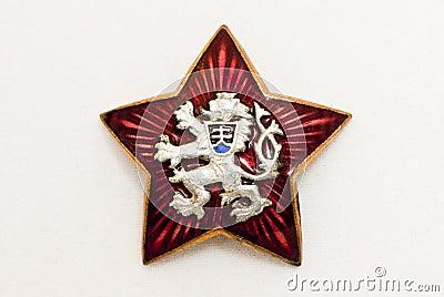 Símbolo nacional velho de Checoslováquia na estrela vermelha