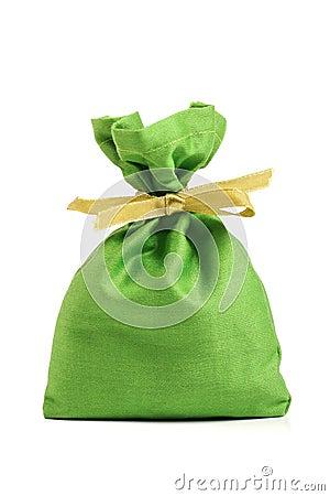 Saco verde del paño