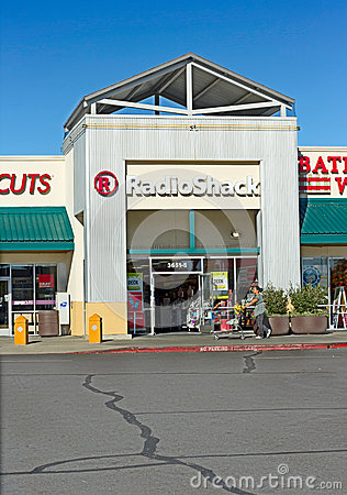 SACRAMENTO, USA - SEPTEMBER 23: Radioshack store on September 23 Editorial Image