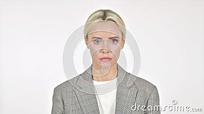 Sad Businesswoman geïsoleerd op Witte Achtergrond stock footage