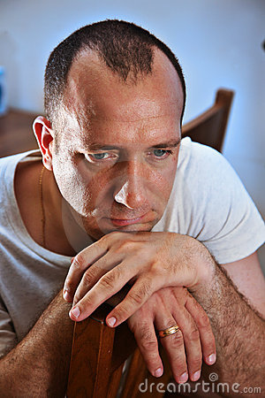 Free Sad Man Thinking Royalty Free Stock Images - 6749199