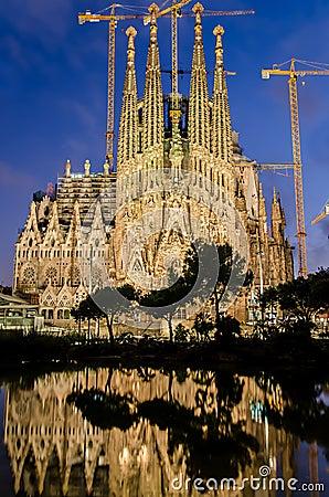 Free Sagrada Familia At Night, Barcelona, Spain Royalty Free Stock Photo - 27808105