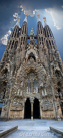 Free Sagrada Familia Vertical Panoramic View Stock Photography - 6189362