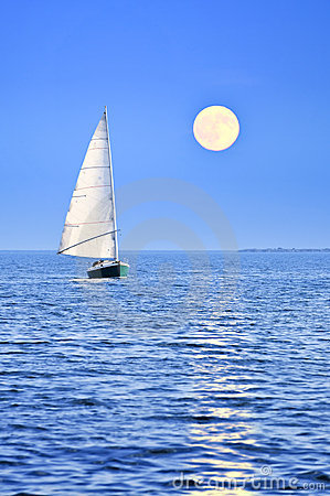 Free Sailboat At Full Moon Stock Images - 6614714