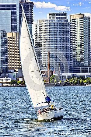 Free Sailboat In Toronto Harbor Royalty Free Stock Image - 6877276