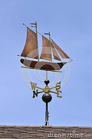 Free Sailboat (Schooner) Weather Vane Royalty Free Stock Images - 14551349