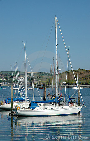 Free Sailing Boat In Kinsale Harbour, Cork Stock Image - 3939261