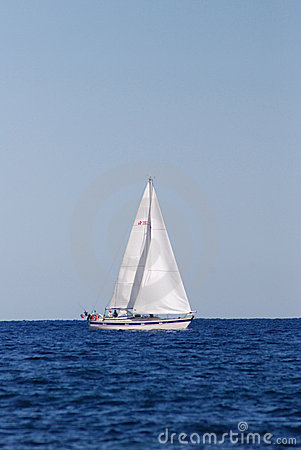 Free Sailing Boat On The Sea Stock Photography - 4809502
