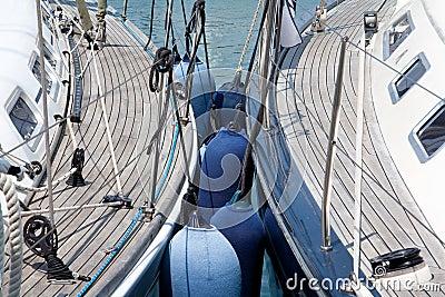 Sailing boats aligned