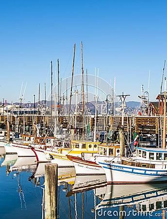 Free Sailing Boats At Fishermans Wharf Stock Photos - 36520793