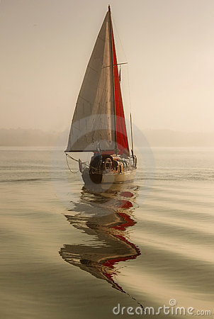 Free Sailing In Fog Royalty Free Stock Images - 21160879