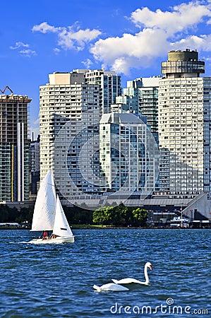 Free Sailing In Toronto Harbor Stock Photos - 6877183